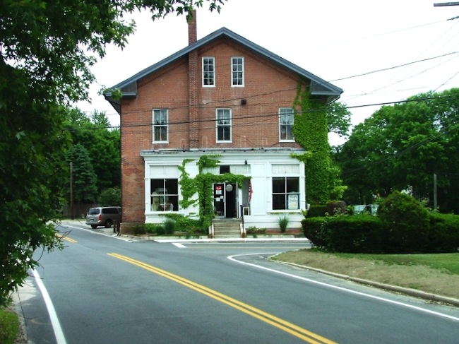 Barber's Hall at 1081 Main Street, Hope Valley, today.
