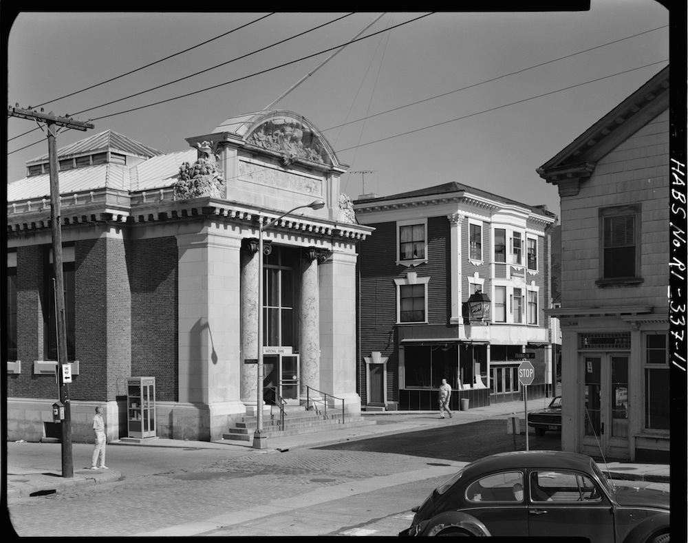 A 1970s photo of the bank building. (Source: Library of Congress.)